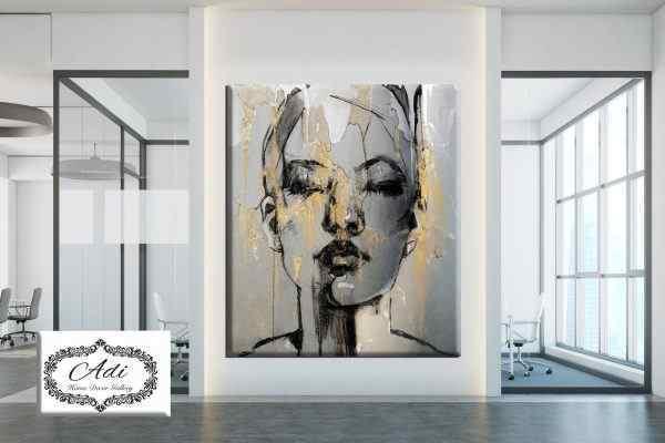 תמונה של אישה אומנותית אפור שחור זהב
