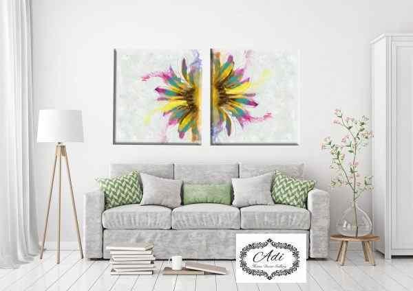 זוג תמונות פרח צבעוני רקע בהיר