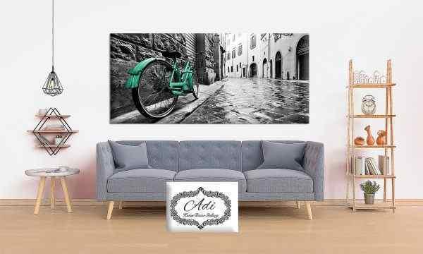תמונת נוף סמטה אופניים בטורכיז ירוק רקע אפור