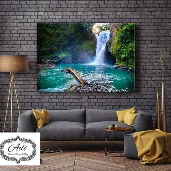 תמונת נוף מרשימה מים עצים טורכיז ירוק