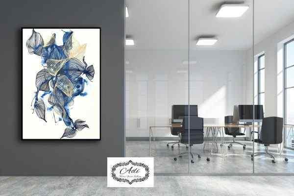 תמונה של פרח צבע כחול זהב