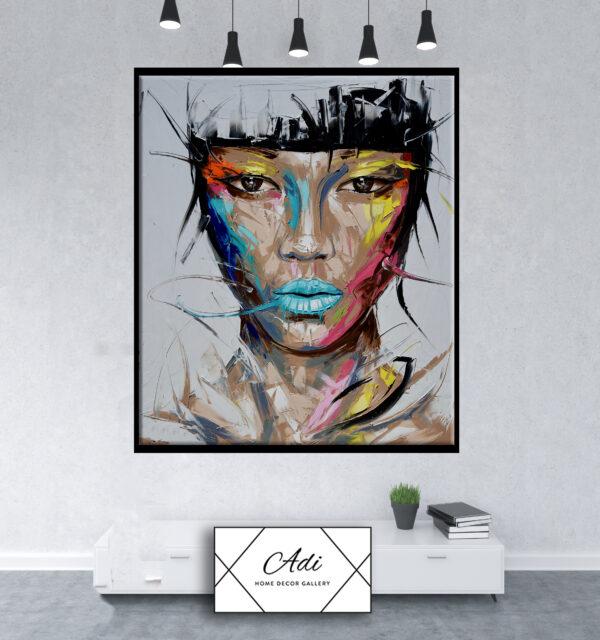 תמונה של אישה עוצמתית צבעונית